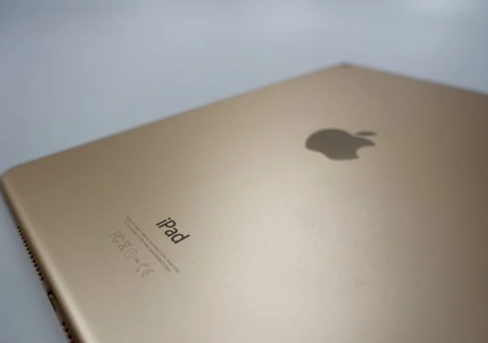 4 Reasons Not to Install iPadOS 14.6 & 11 Reasons You Should