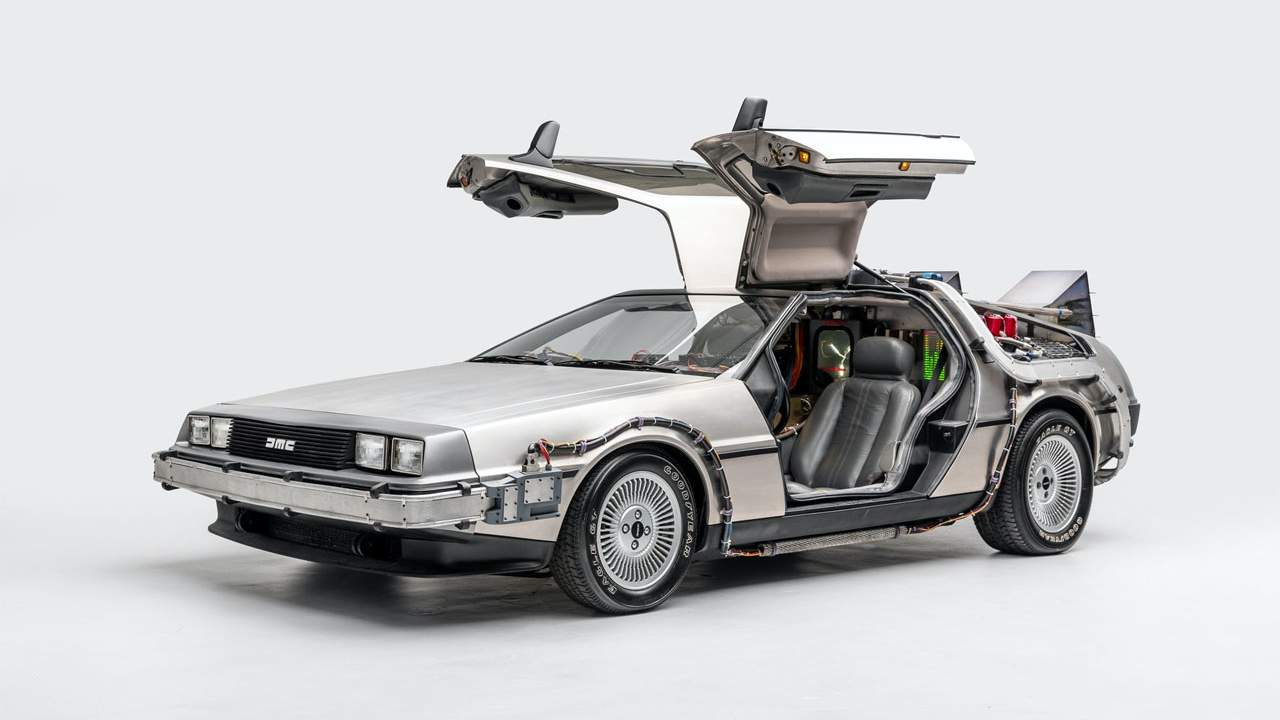"""""""Back to the Future"""" De Lorean added to the National Historic Vehicle Register"""