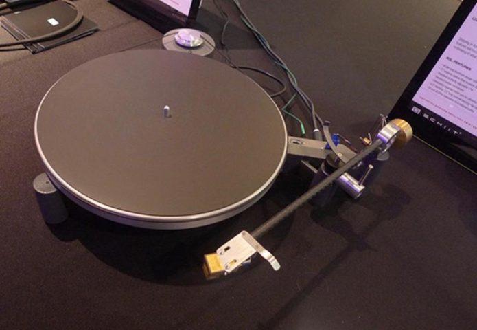 Schiit Audio Sol Cast Aluminum Unipivot Turntable Review