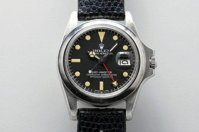 How to Remove a Watch Bezel Like Marlon Brando