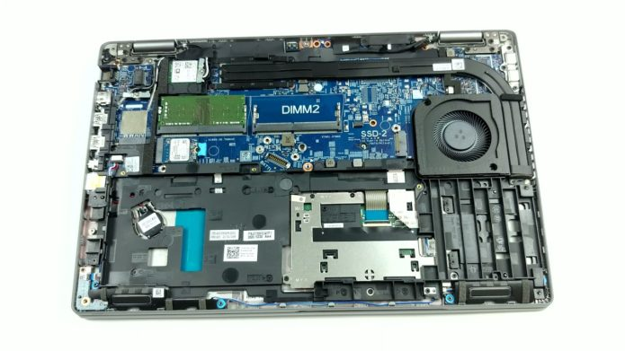 Inside Dell Latitude 15 5520 – disassembly and upgrade options