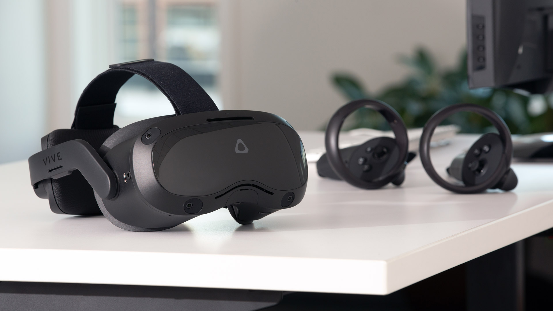 HTC Vive Focus 3 proves you can have your (VR) cake and eat it too