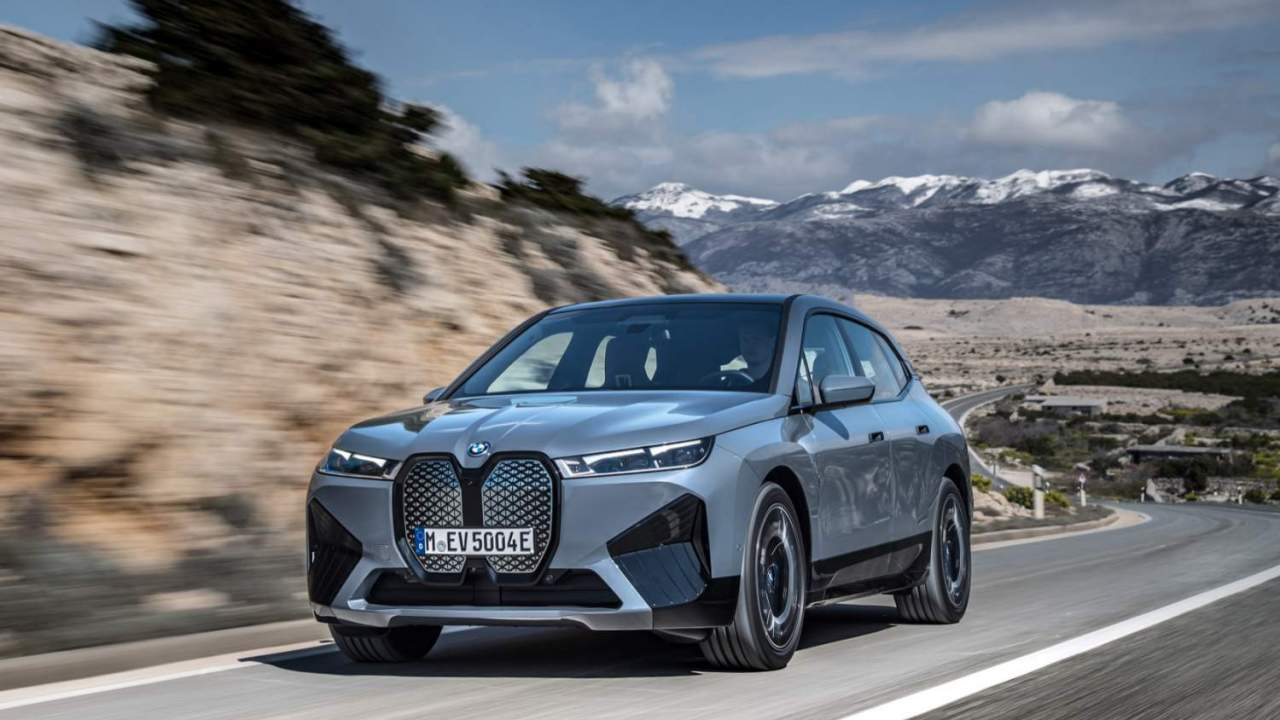 2022 BMW iX xDrive50 pricing revealed for 300 mile all-electric SUV