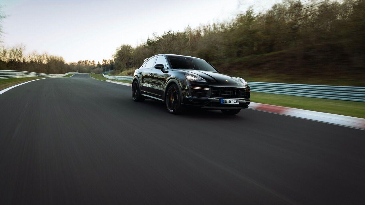 2022 Porsche Cayenne Coupe