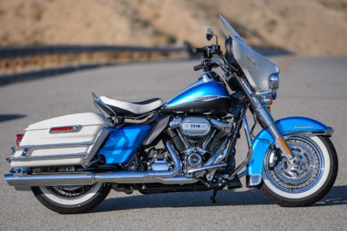 2021 Harley-Davidson Electra Glide Revival Review (18 Fast Facts)