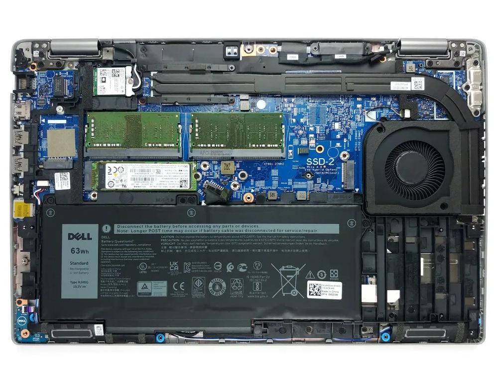 Inside Dell Precision 15 3560