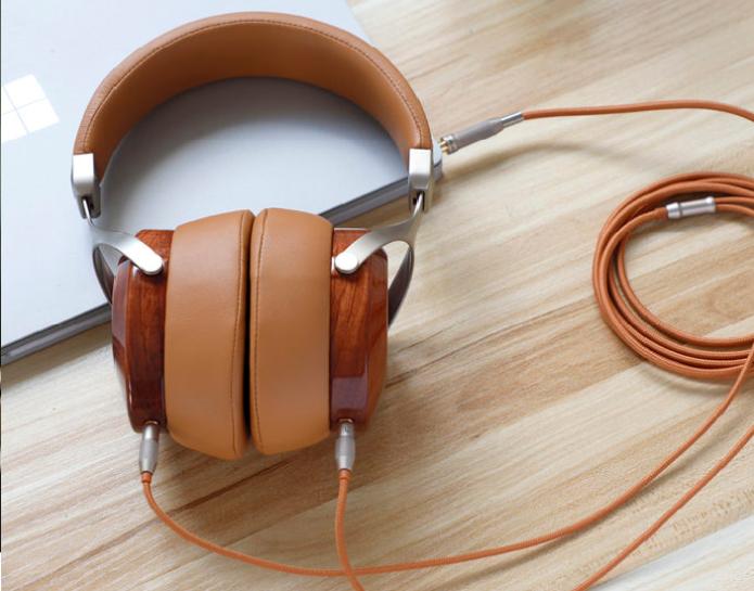 SV021 Closed-Back Wooden Headphone