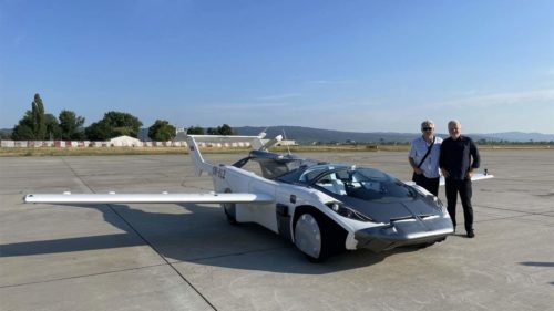 Klein Vision AirCar completes a 35-minute test flight between two cities