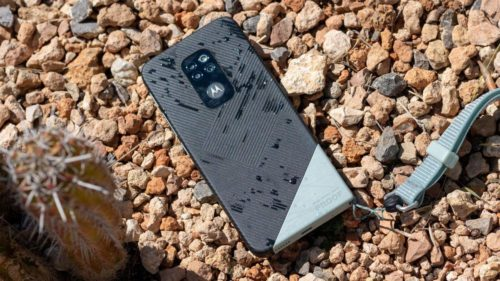 Motorola Defy rugged phone made by Bullitt
