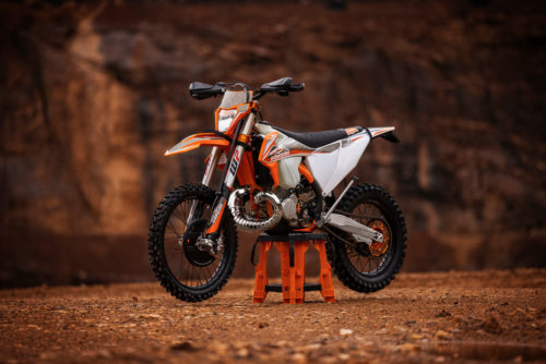 2022 KTM 300 XC-W TPI Erzbergrodeo First Look Fast Facts