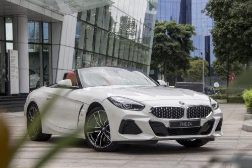 BMW Z4 With Custom Carbon Fiber Body, Weird Lights Costs $220,000
