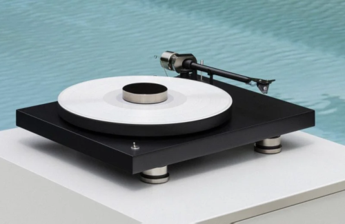 Pro-Ject Audio celebrates 30th anniversary with Debut PRO turntable