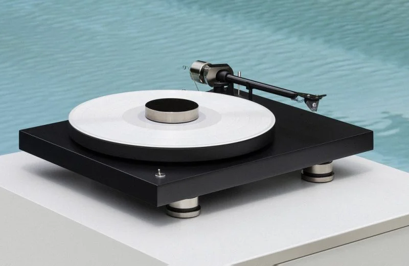 Debut PRO turntable