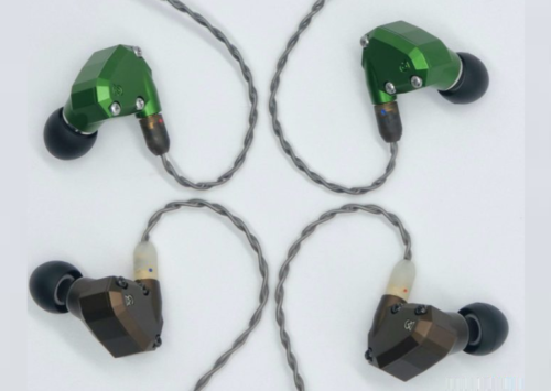 Campfire Audio Holocene vs Andromeda – Comparison and Review