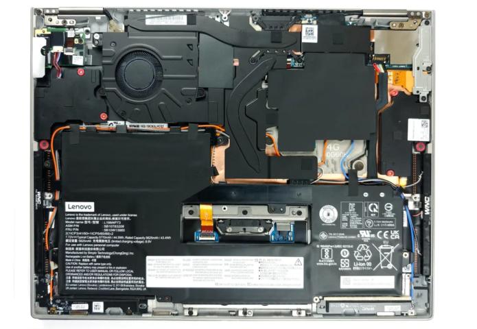 Inside Lenovo ThinkPad X1 Titanium Yoga Gen 1