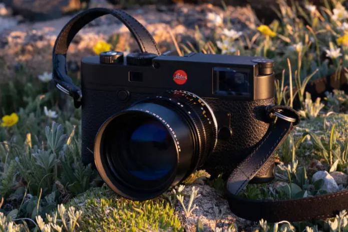 Leica 75mm f2 APO Summicron-M ASPH lens