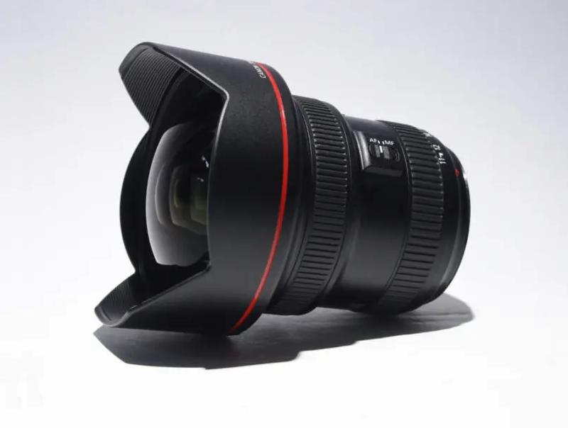 Canon 11-24mm f4 L USM EF Lens
