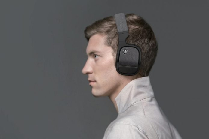 Yamaha L700A headphone