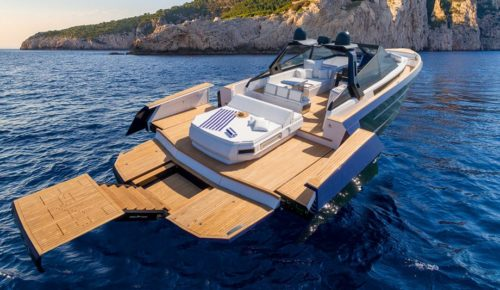 Evo R6 Open review: A boat that will be noticed wherever it goes