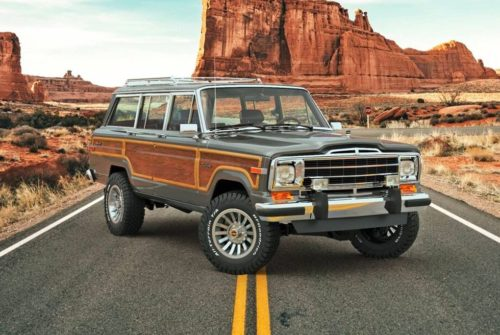 This Jeep Grand Wagoneer Is the Craziest Vintage Off-Roader We've Seen