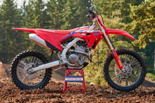 2022 Honda CRF250R Review (13 Fast Facts for Motocross Racing)