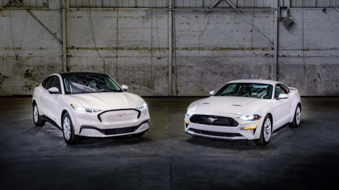 Mustang Ice White Edition Appearance Package