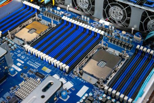 Gigabyte R282-N80 2U Dual Intel Xeon Server Review