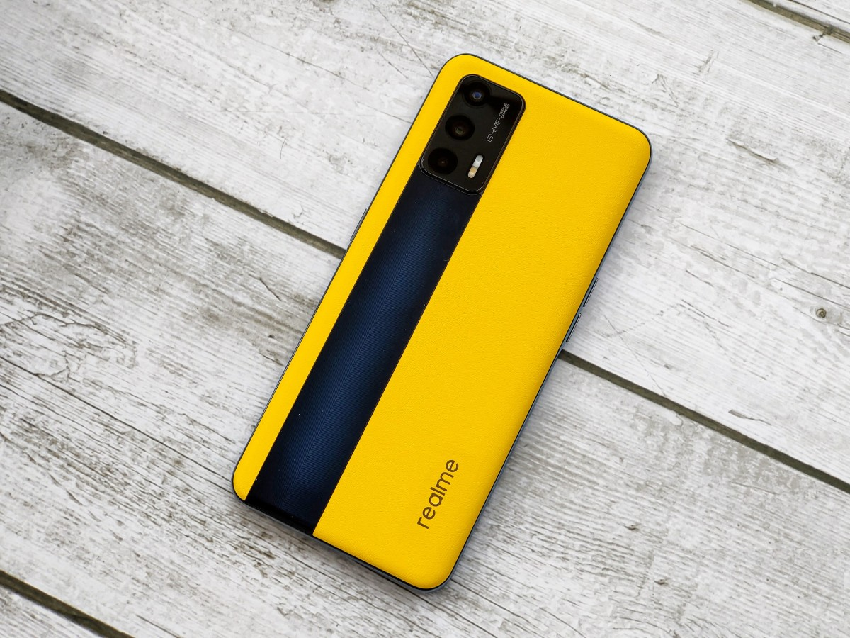 Realme GT 5G Racing Yellow Leather Edition