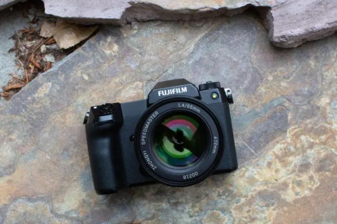 Mitakon Speedmaster 65mm f1.4 lens