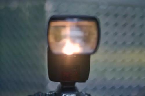 This Epic Flash Dances in the Rain: Canon Speedlite EL-1 Review