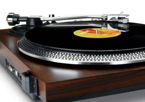 Lenco celebrates 75th birthday with two new affordable turntables