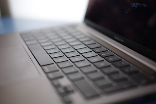 Apple's upcoming MacBook Pros may have core specs in common