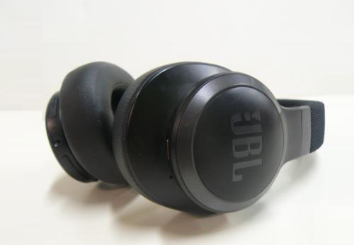 JBL Live 660NC Wireless Headphone Review
