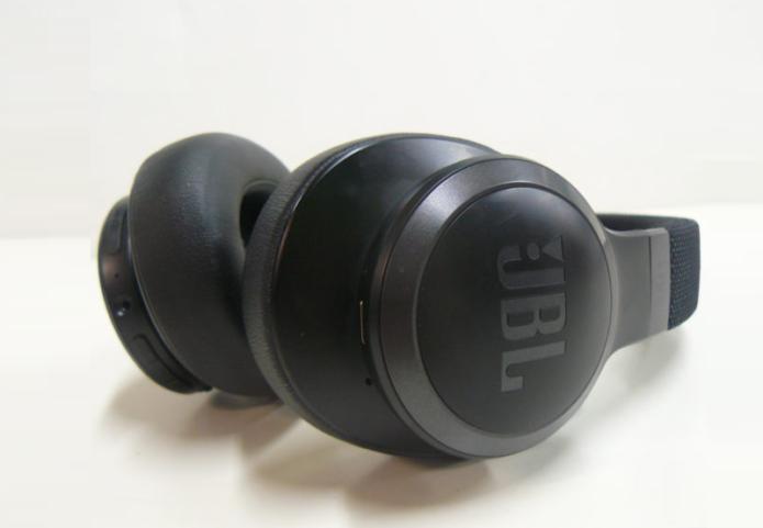 JBL Live 660NC Wireless Headphone