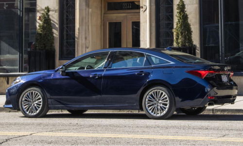 Toyota Avalon Sedan Will End Production in 2022