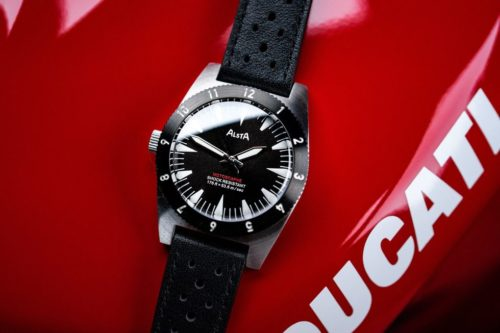 This Is The Watch You Need If You Own a Motorcycle