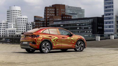 VW ID.5 GTX Previewed ahead of Munich Reveal with Rakish Roofline