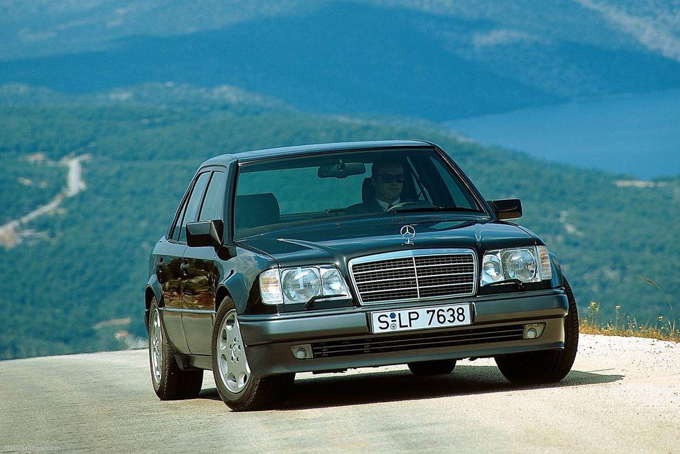 Mercedes-Benz W124 (1985)