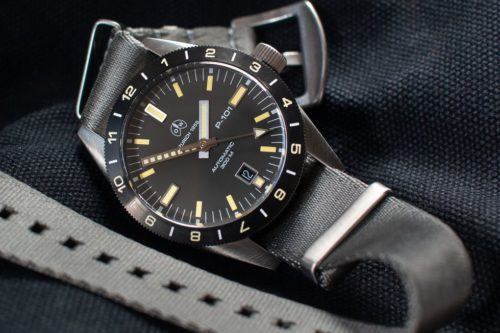 These Special Watch Bezels Are a Big Help to Travelers