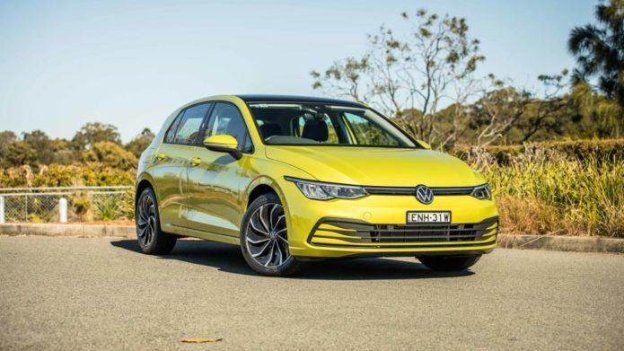2021 Volkswagen Golf Life