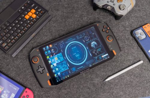 ONEXPLAYER 1S Review – One Netbook's Handheld Gaming PC