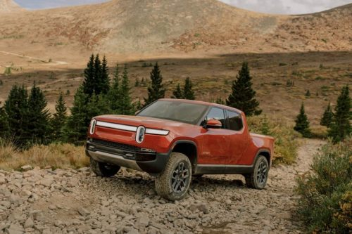 The 2022 Rivian R1T Electric Pickup Embraces Duality