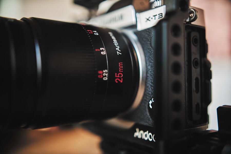 7Artisans 25mm f/0.95 APS-C Lens