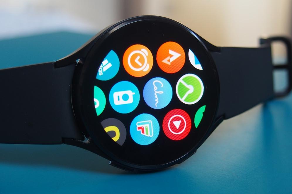 Samsung Galaxy Watch 4 apps