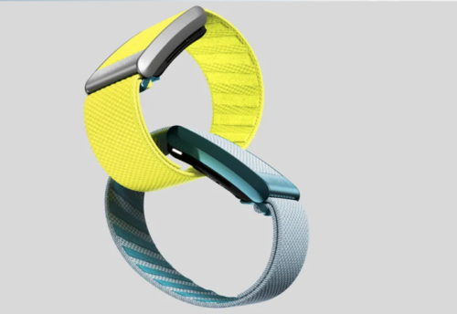 The Whoop 4.0 fitness tracker measures SpO2, pulse and more as a bracelet or in special clothing