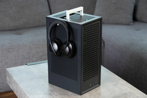Meshlicious killer? iBuyPower enters the SFF case wars with the Hyte Revolt 3