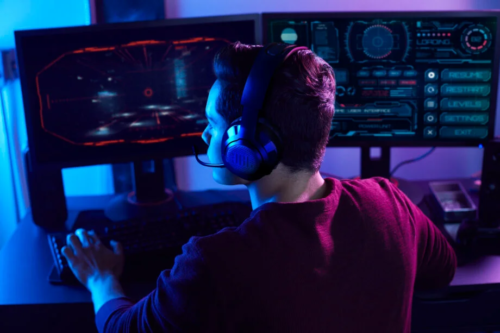 JBL launches new Quantum headset or PS5 and Xbox Seris X/S gamers