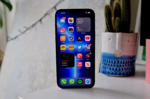 See the iPhone 13 Pro Max go up against the Samsung Galaxy S21 Ultra in a speed test