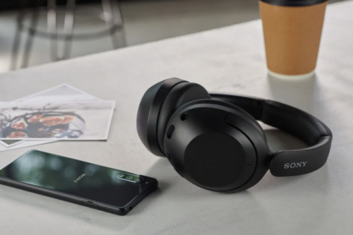 Sony launches two new wireless headphones for less than £200