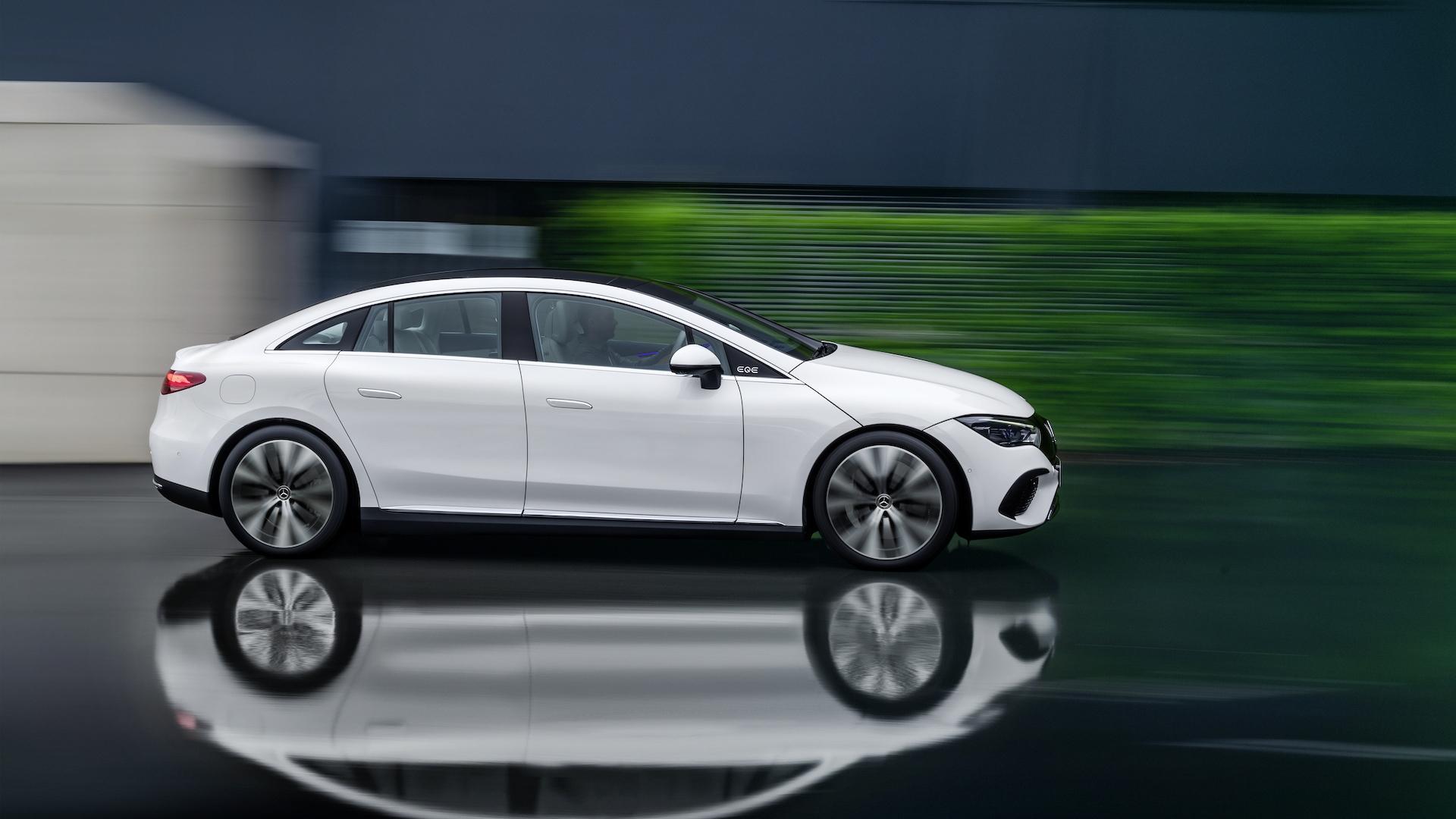 Mercedes EQE
